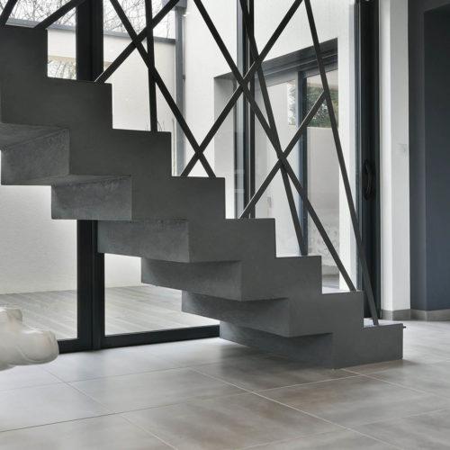 escalier graphique brut filaire