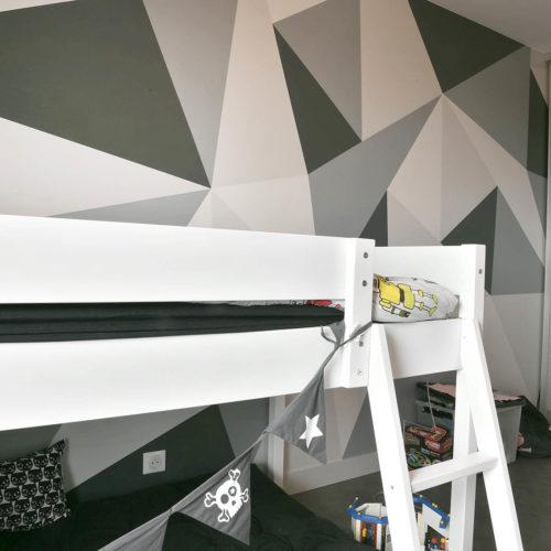 chambre d'enfant peinture géométrique