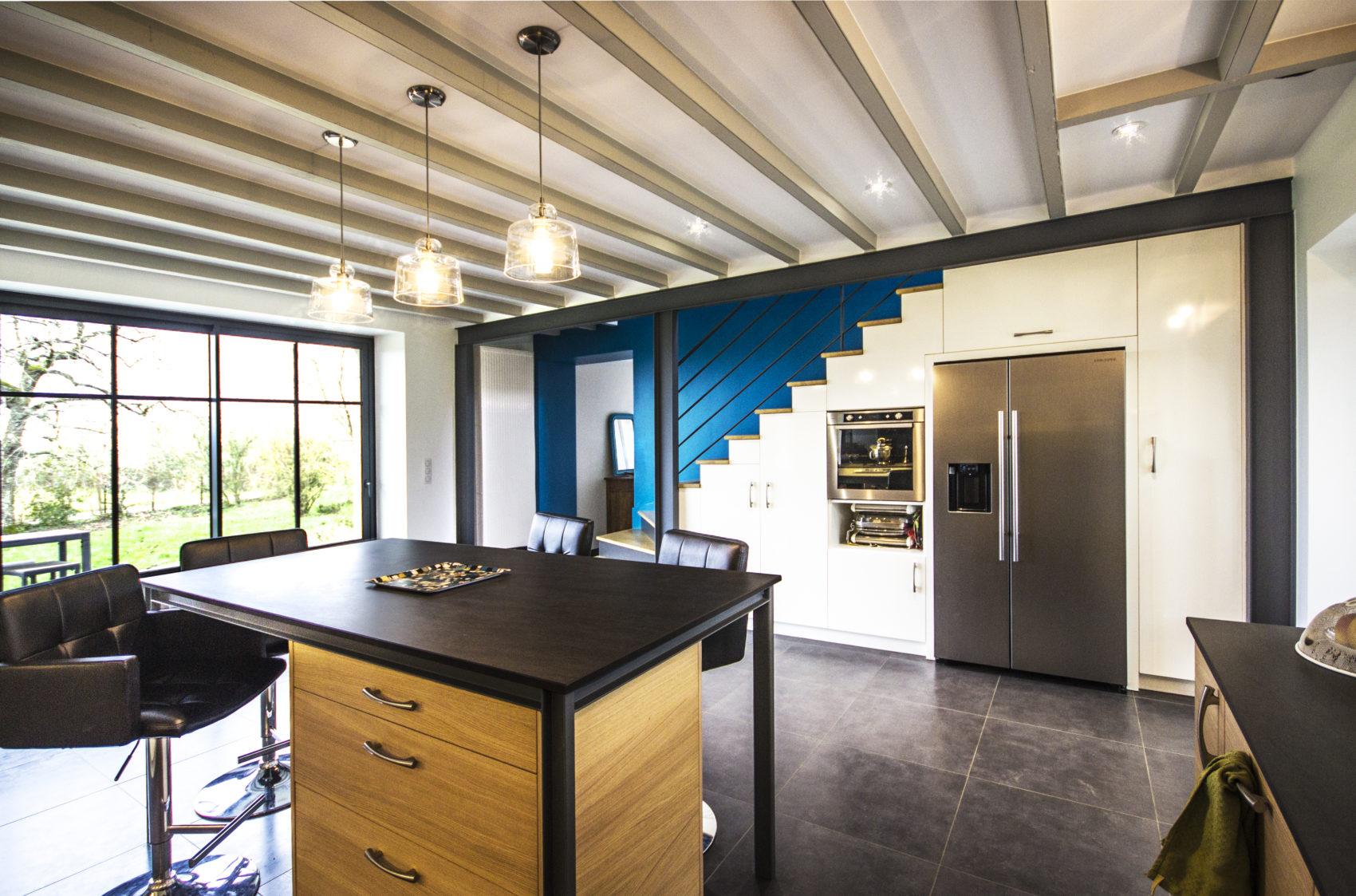La Cuisine Au Cœur D Une Renovation D Ampleur Architecture