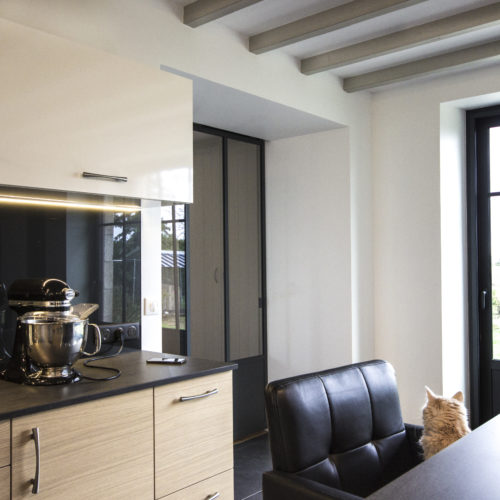 cuisine noire et bois verrières