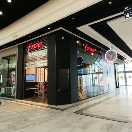 boutique free façade